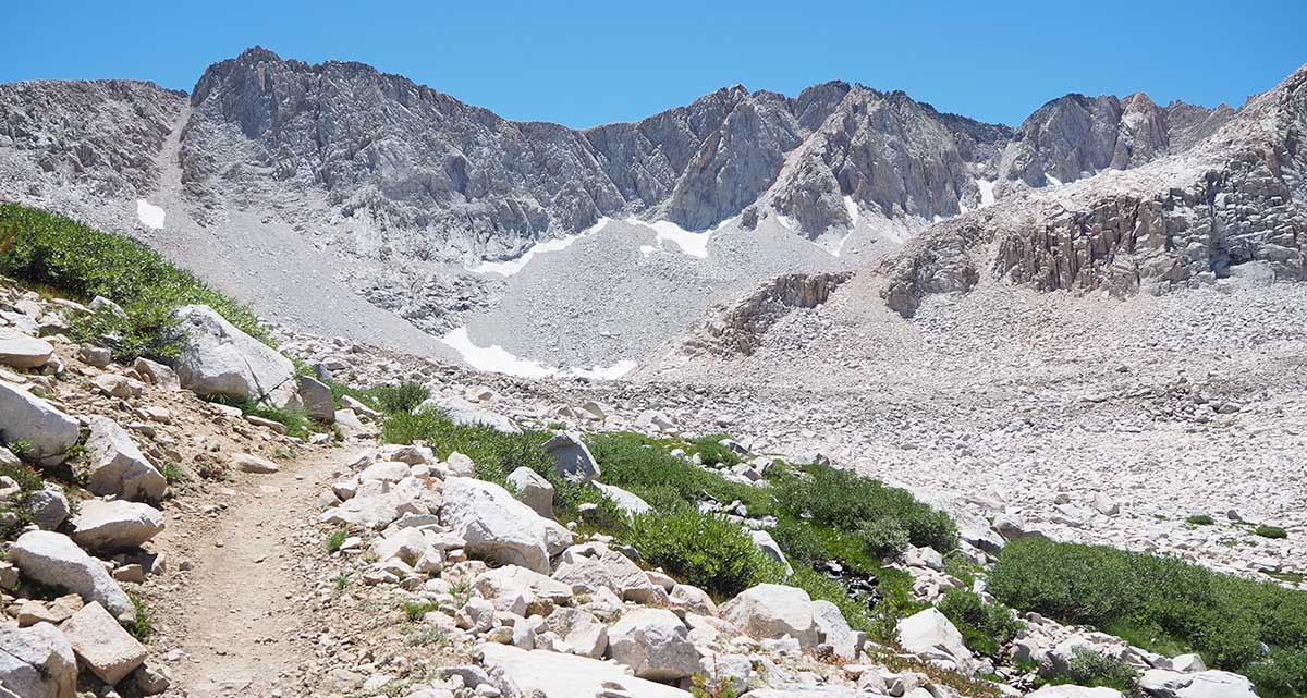Trail down from Mather Pass